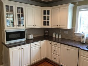 Before & After Cabinet Refinishing (4)